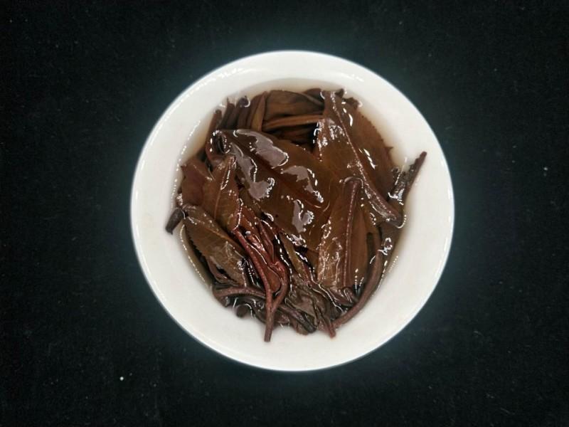【藏茶品飲|普洱茶后 09年臨滄冰島生茶】